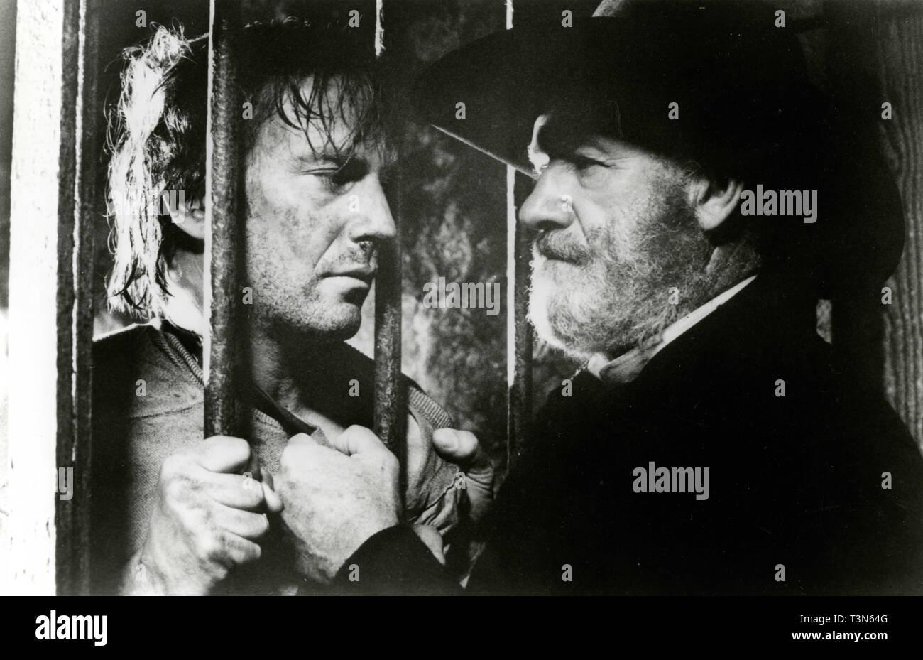 Actors Kevin Kostner and Gene Hackman in the movie Wyatt Earp, 1994 - Stock Image