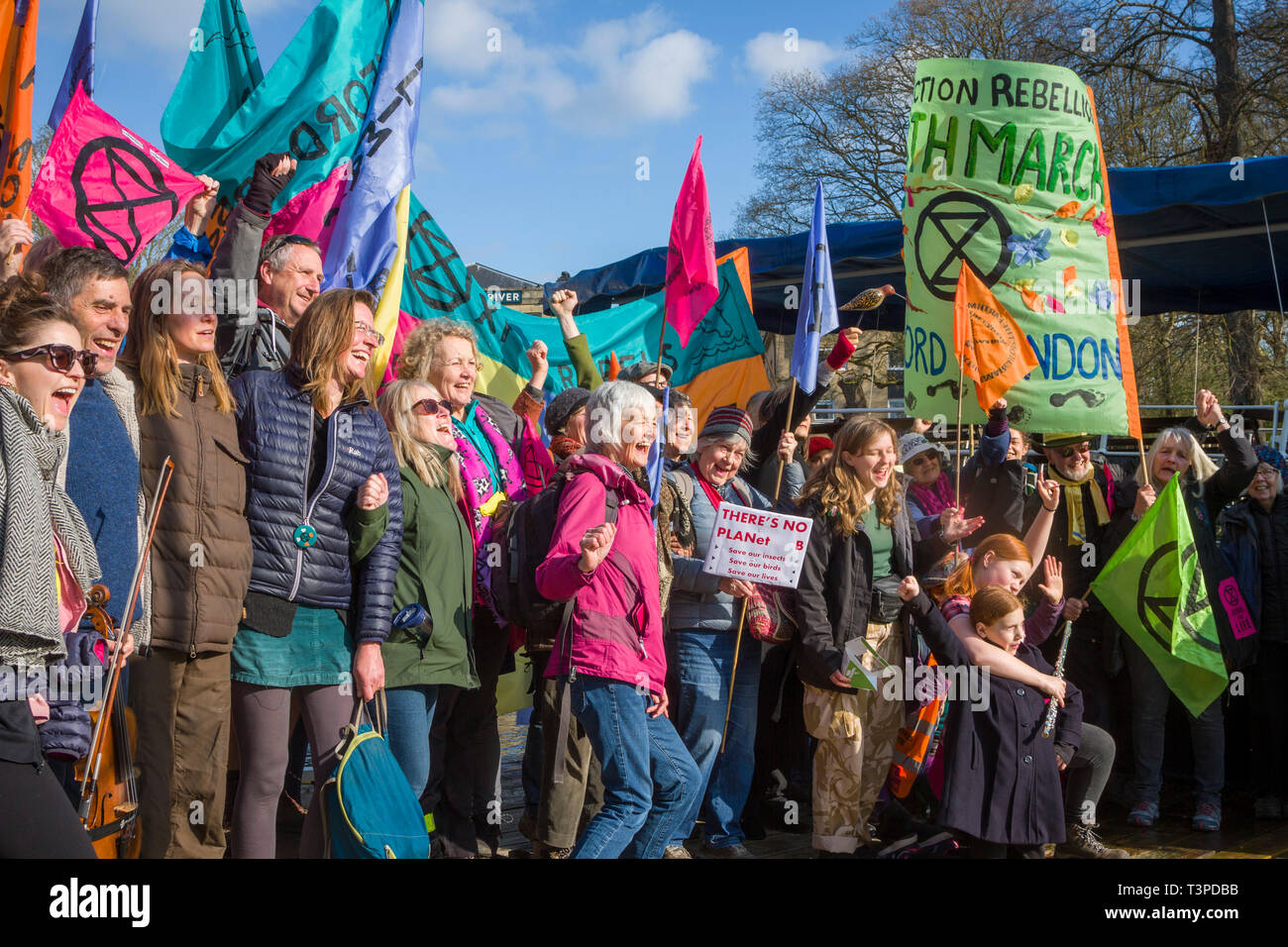 The Oxford branch of Extinction rebellion start their march to London at Folly Bridge, Oxford by taking a Steamer to Abingdon along the River Thames - Stock Image