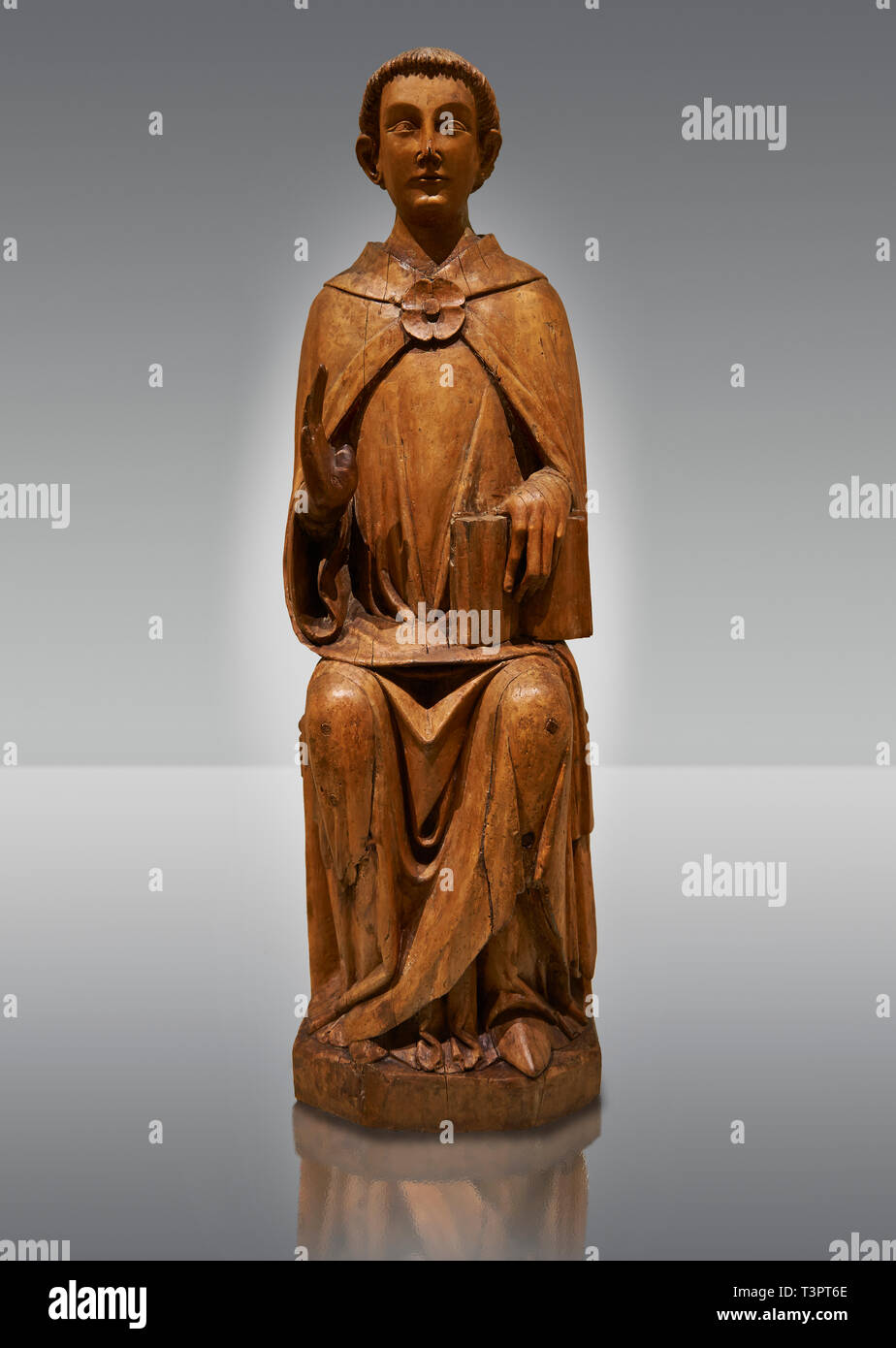 Gothic statue of Saint Peter by Joan Gasco. Tempera, oil, and stucco reliefs in gold leaf on wood. Date circa 1516. From the church of Santa Maria of  - Stock Image