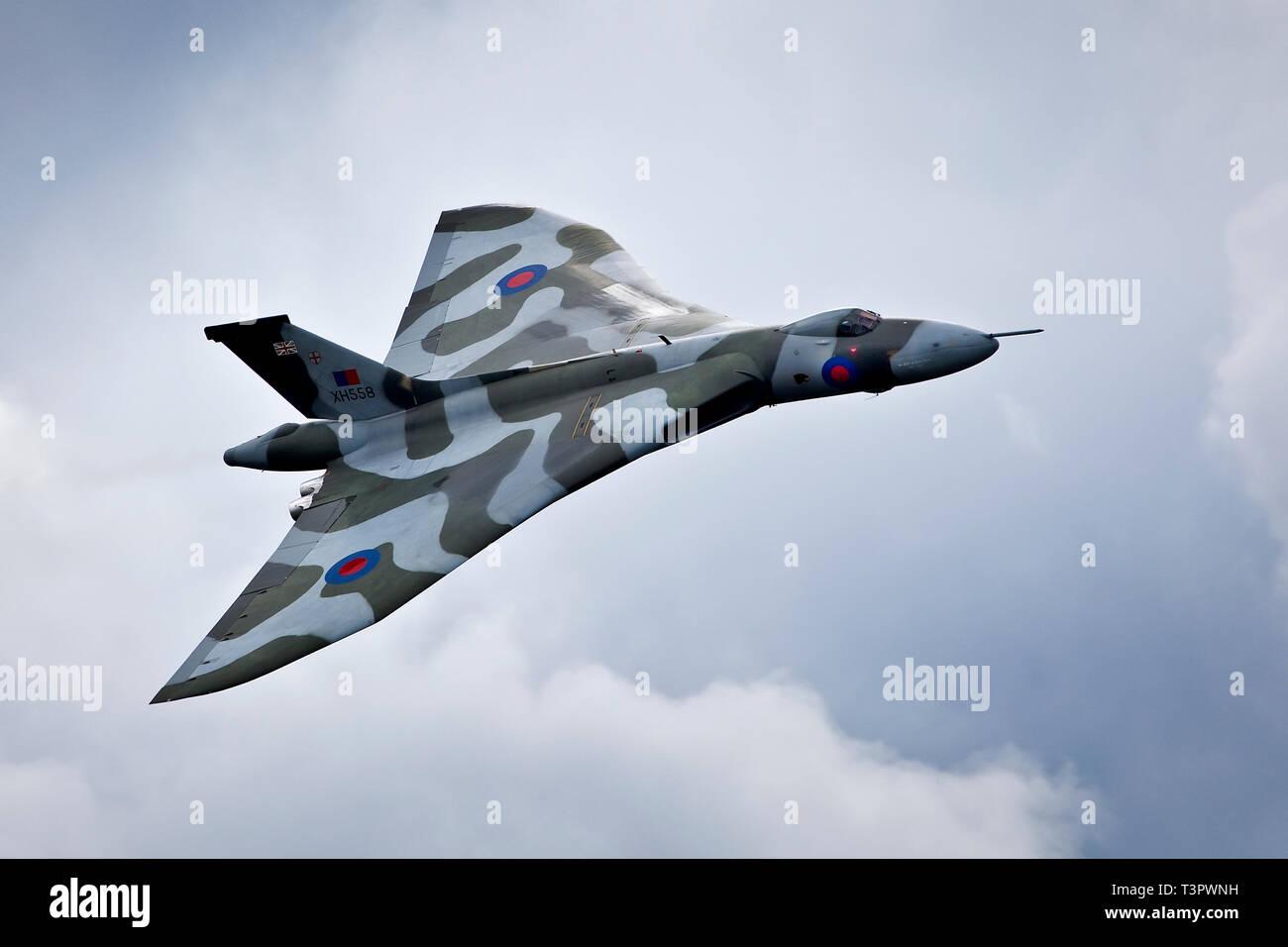 Vulcan Bomber Registration XH558 flying over RAF Lyneham. - Stock Image