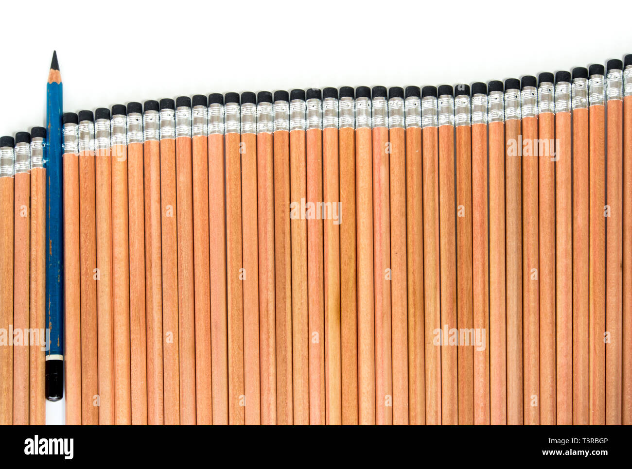 Old EE type pencil in the group of sort orderly new 2B type pencil Stock Photo