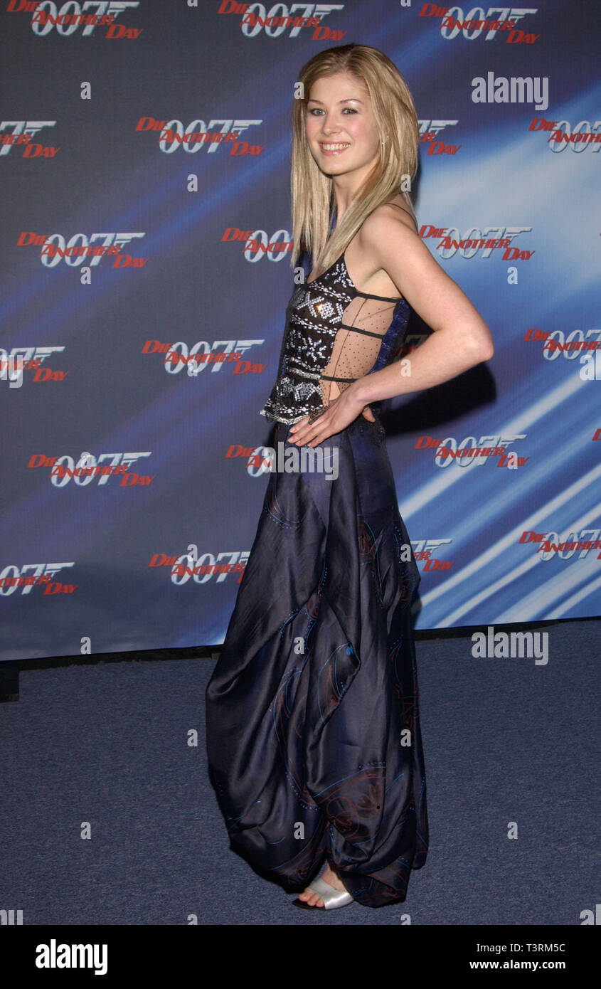 LOS ANGELES, CA. November 11, 2002: Actress ROSAMUND PIKE at the special screening in Los Angeles of her new James Bond movie Die Another Day. © Paul Smith / Featureflash Stock Photo