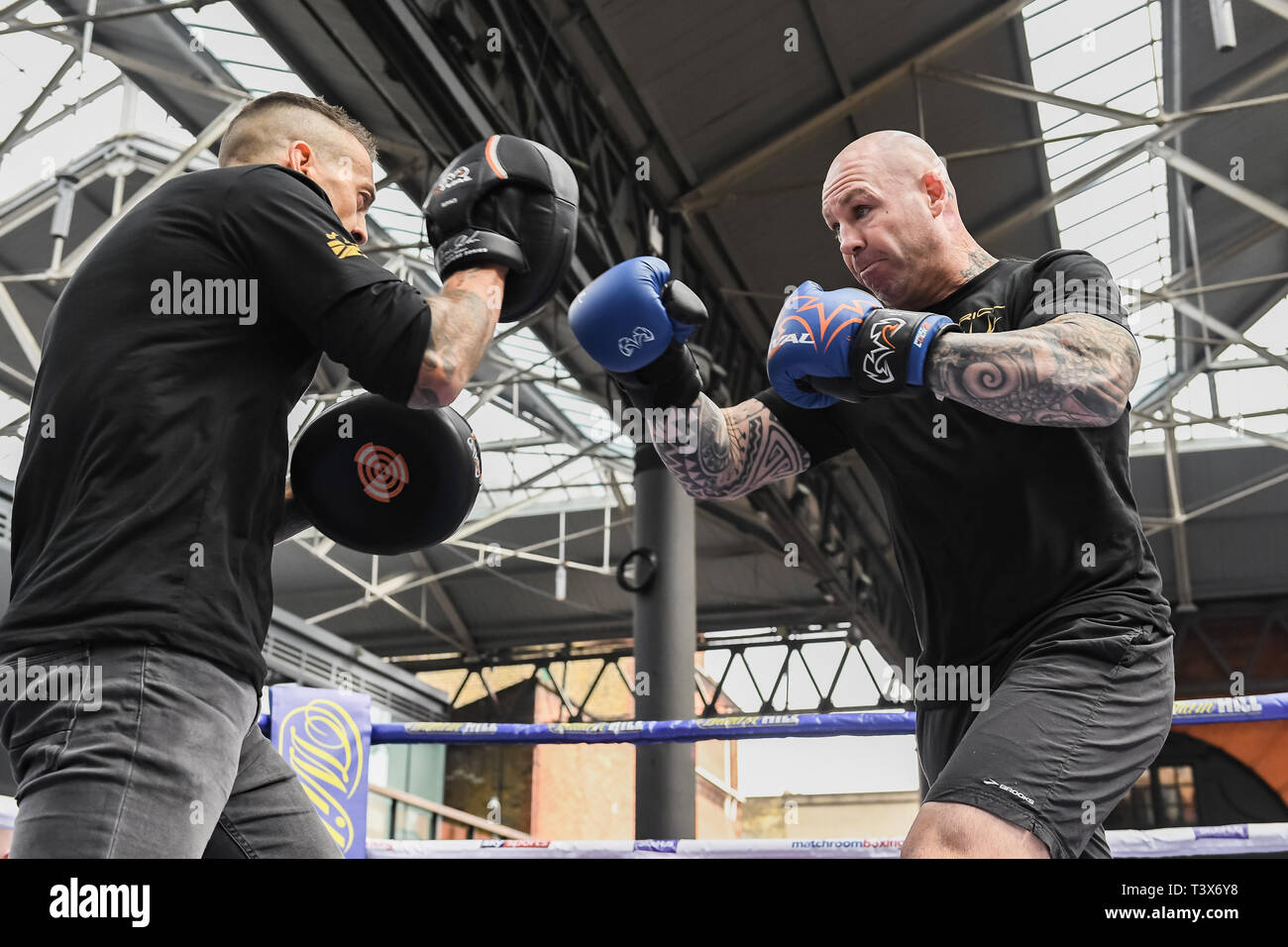 London, UK. 12th Apr, 2019. Australia's former WBA Heavyweight World Champion Lucas Browne with his manager during Allen-Browne Public Workout at Old Spitalfields Market on Friday, 12 April 2019. London England. (Editorial use only, license required for commercial use. No use in betting, games or a single club/league/player publications.) Credit: Taka G Wu/Alamy Live News - Stock Image