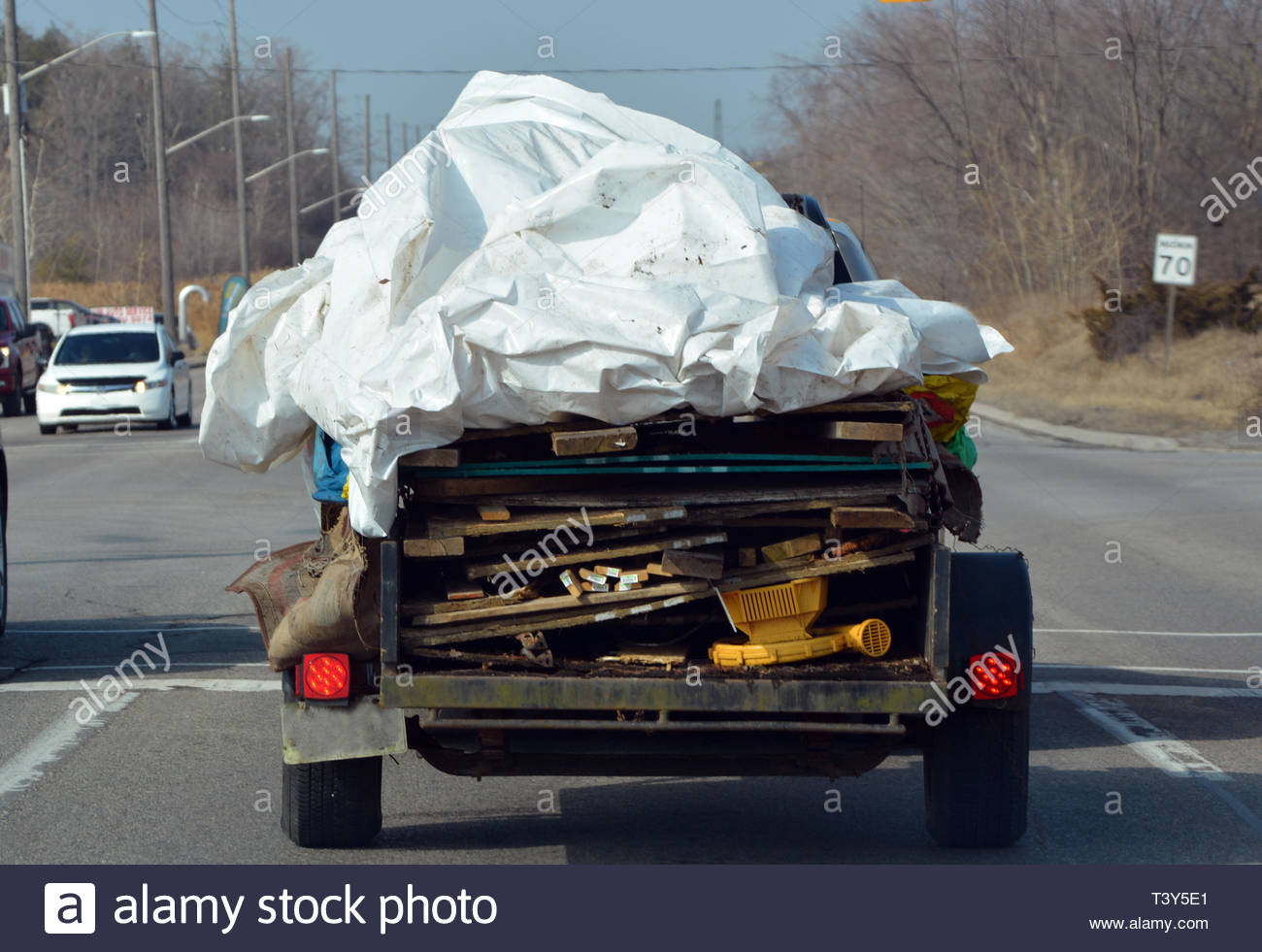 Trailer loaded with waste - Stock Image