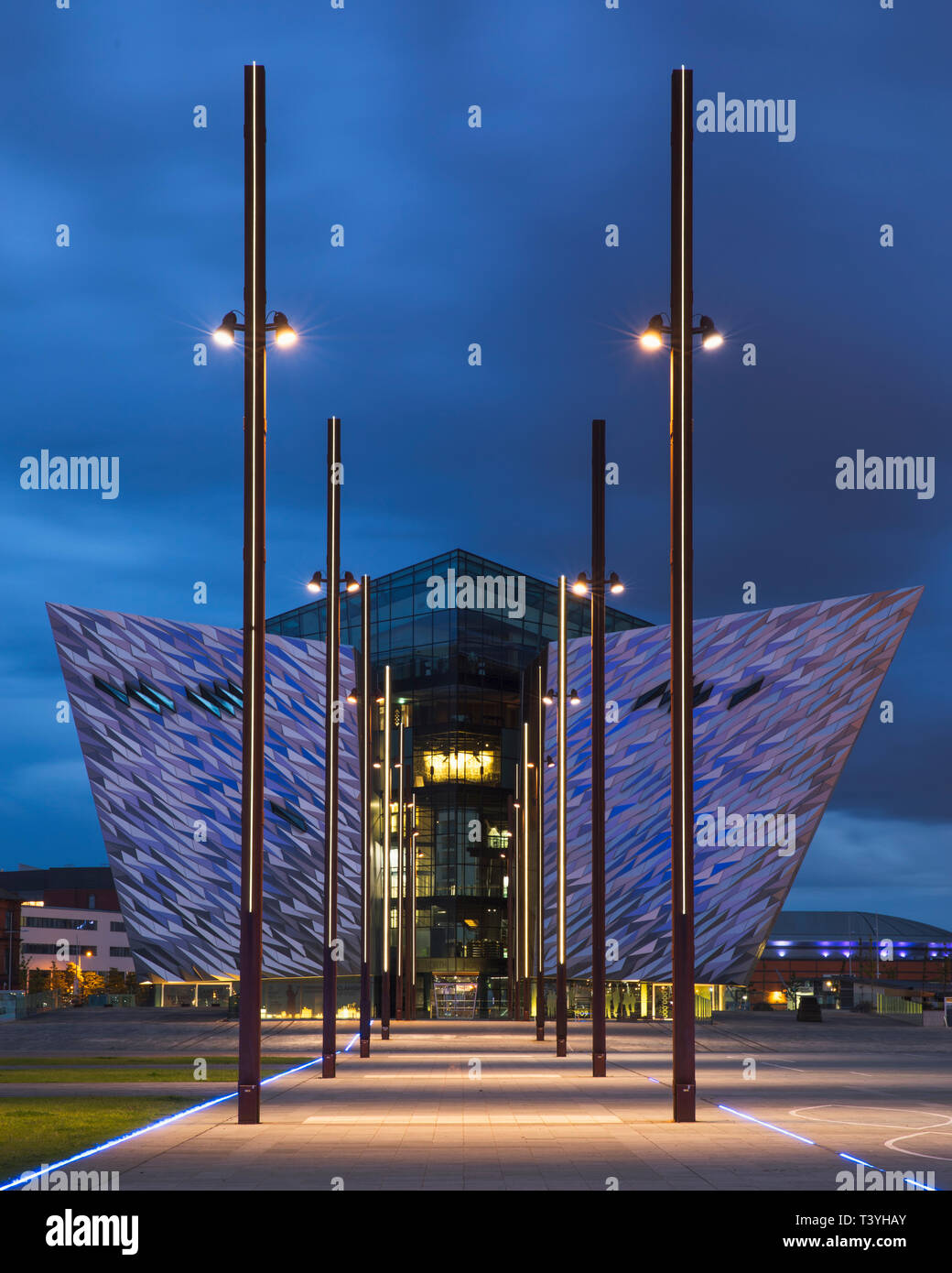 Northern Ireland, Belfast, Titanic Quarter. Titanic Belfast, an aluminium clad museum resembling the hull of a ship. Stock Photo