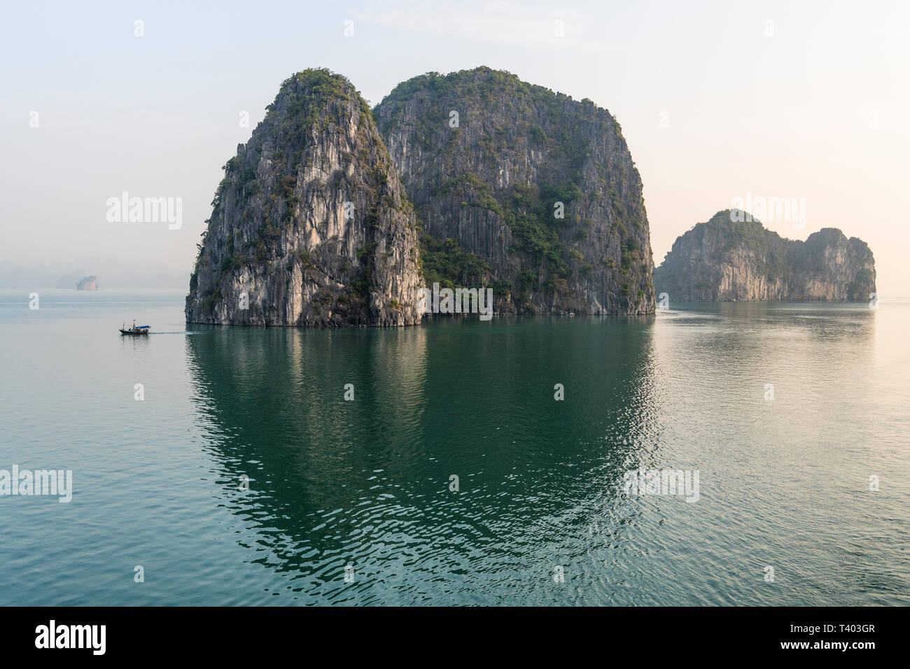 Limestones islets and islands of Ha Long Bay, Vietnam - Stock Image
