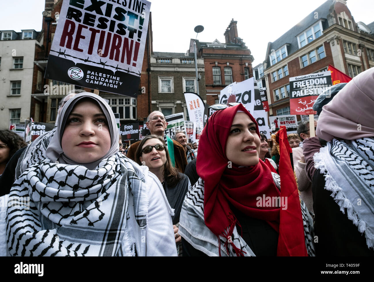 Rally for Palestine outside the Israeli Embassy: Exist,Resist, Return. A global call for solidarity on the 1st anniversary of the start of the Great Return March. Stock Photo