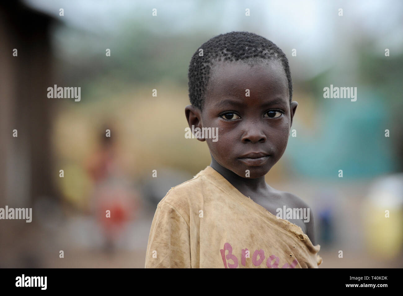 KENYA Turkana Region, refugee camp Kakuma, where 80.000 refugees from Somali, Ethiopia, South Sudan receive shelter and food from UNHCR, small boy in  - Stock Image