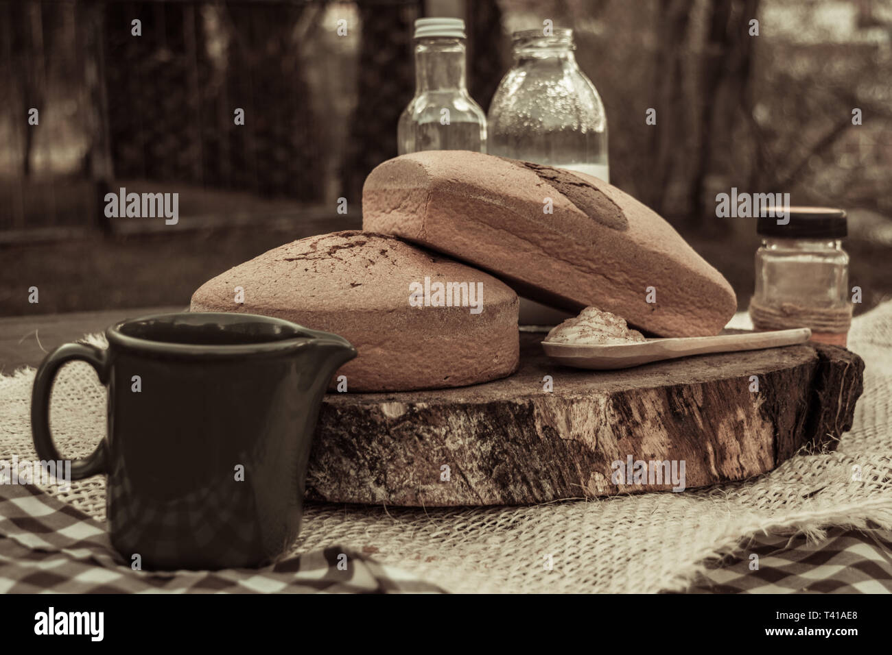 Photograph of breads made at home. the photo was made in an outdoor environment so that the feeling of freshness and yesteryear Stock Photo
