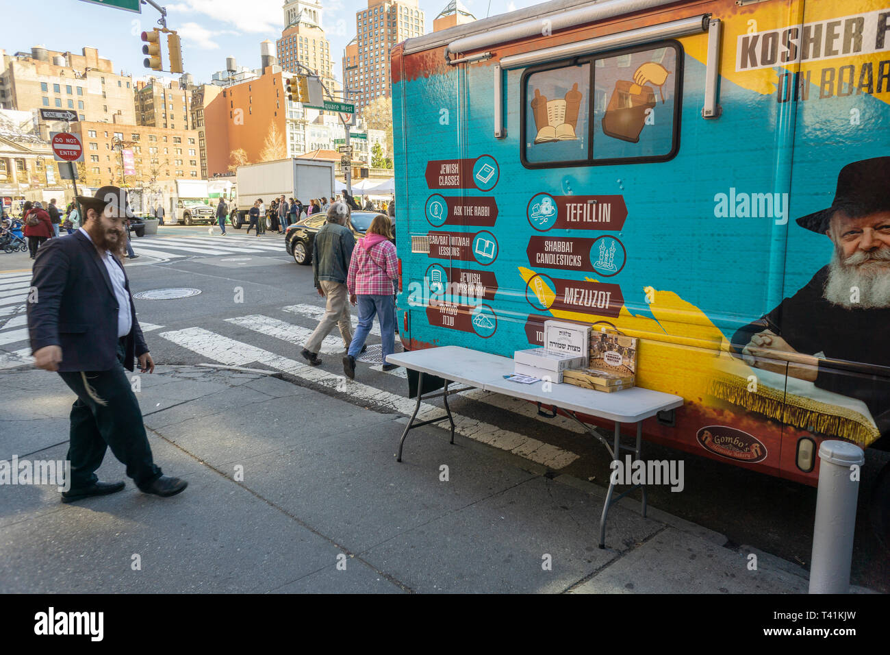 A Mitzvah Tank associated with the Chabad of the West Village parked in Union Square in New York on Wednesday, April 10, 2019 in advance of the Passover holiday. The Lubavitcher sect of the Hasidim, the ultra-orthodox Jewish worshippers, continues to do outreach to lapsed members of the Jewish faith. (© Richard B. Levine) - Stock Image