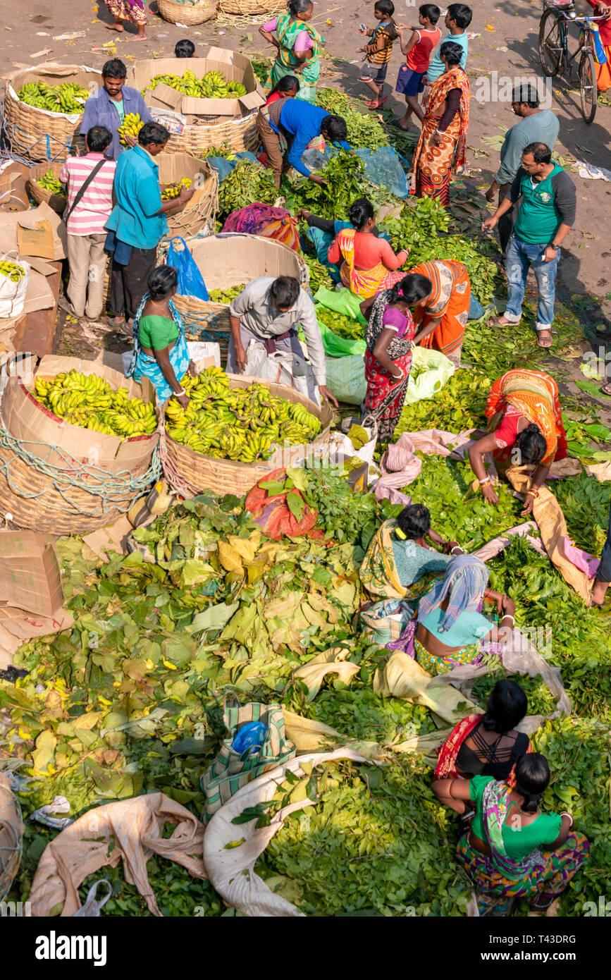 Vertical aerial view of Mullik Ghat flower market in Kolkata aka Calcutta, India. - Stock Image