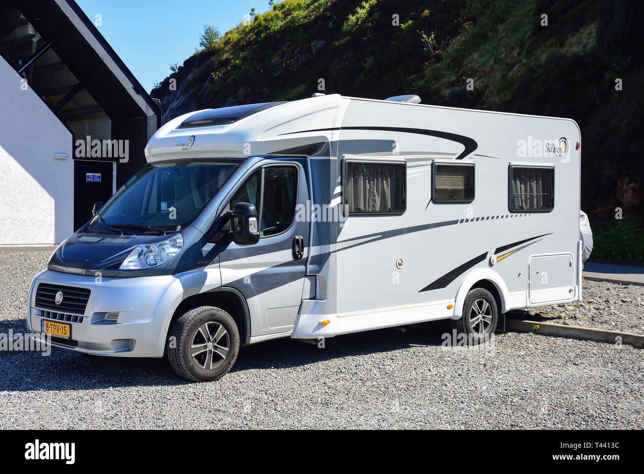 Fiat Ducato Motorhome In Car Park Tarbert Tairbeart Isle Of Harris Outer Hebrides Na H Eileanan Siar Scotland United Kingdom Stock Photo Alamy