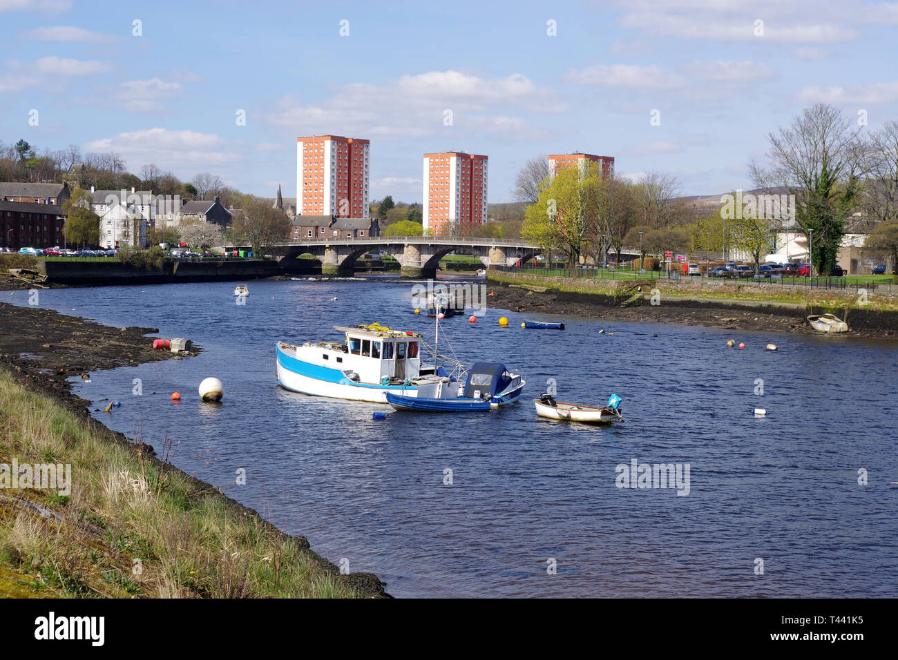 Boats moored on the River Leven in Dumbarton - Stock Image