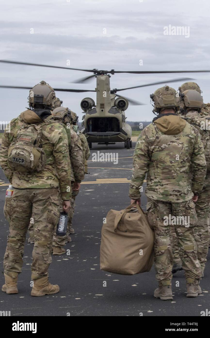 Airmen from the 9th Air Support Operations Squadron wait to