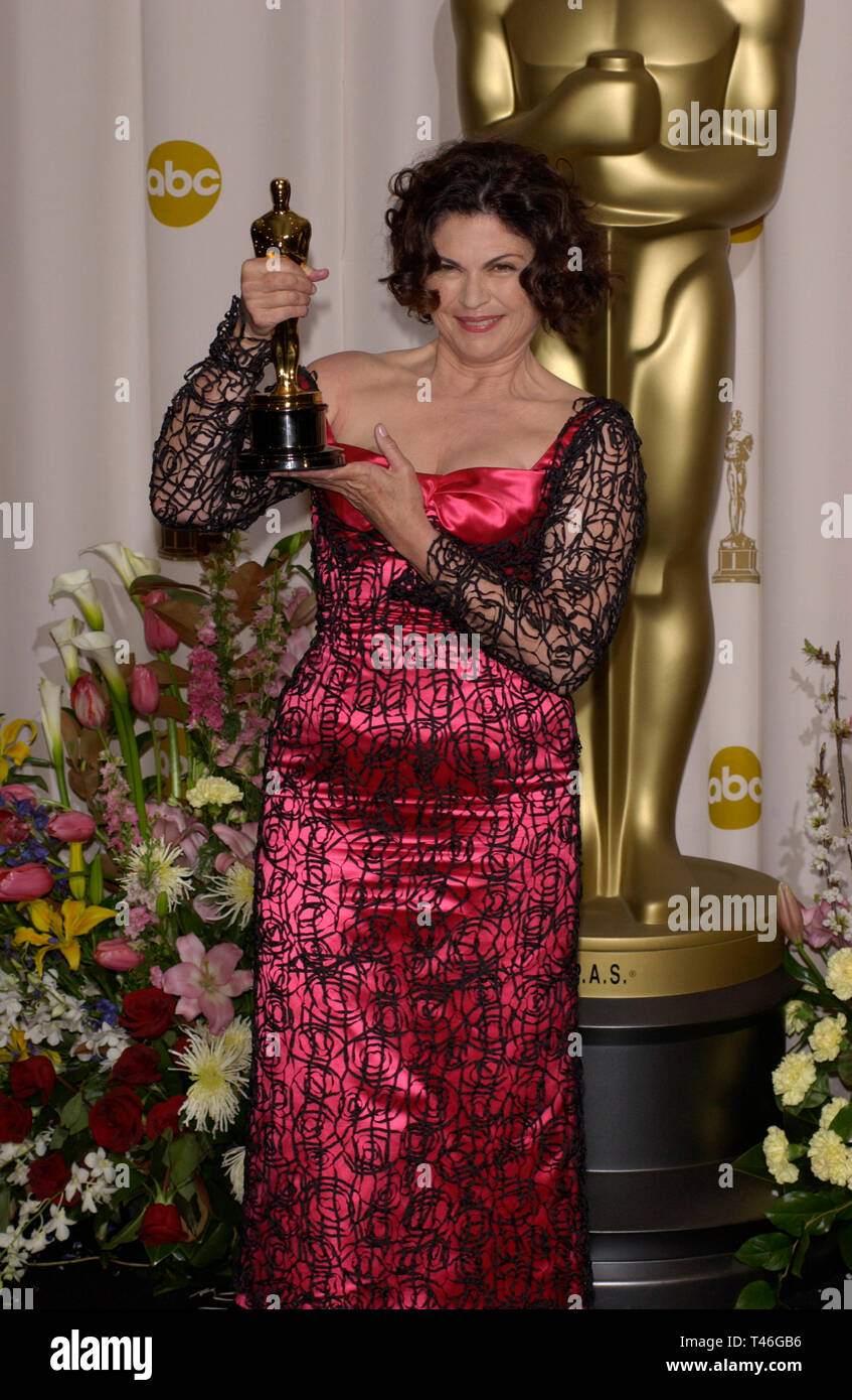 LOS ANGELES, CA. March 23, 2003: Best Costume winner COLLEEN ATTWOOD at the 75th Annual Academy Awards at the Kodak Theatre, Hollywood. - Stock Image