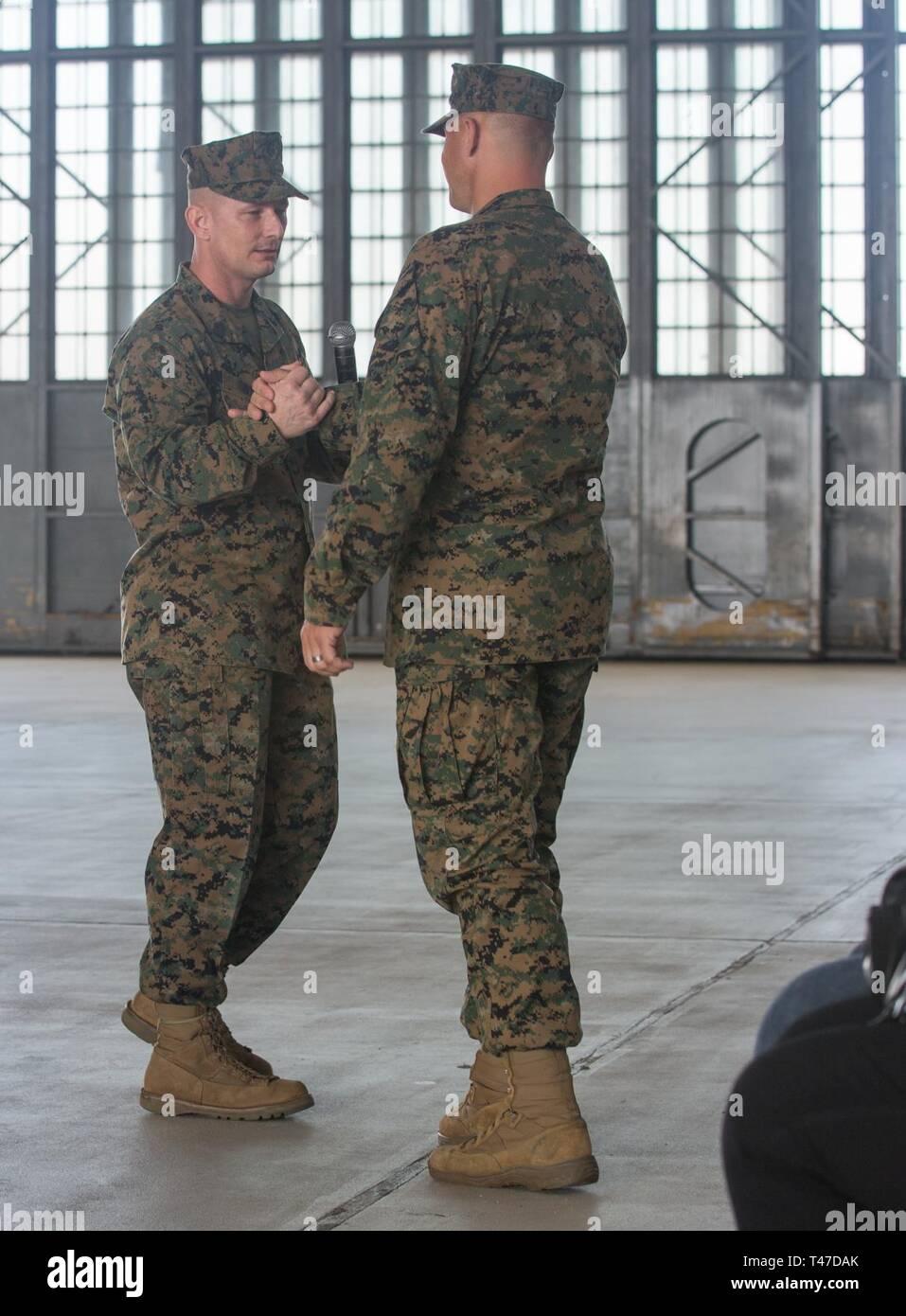 U S Marine Corps Sgt Maj Christopher Davis Outgoing Sergeant