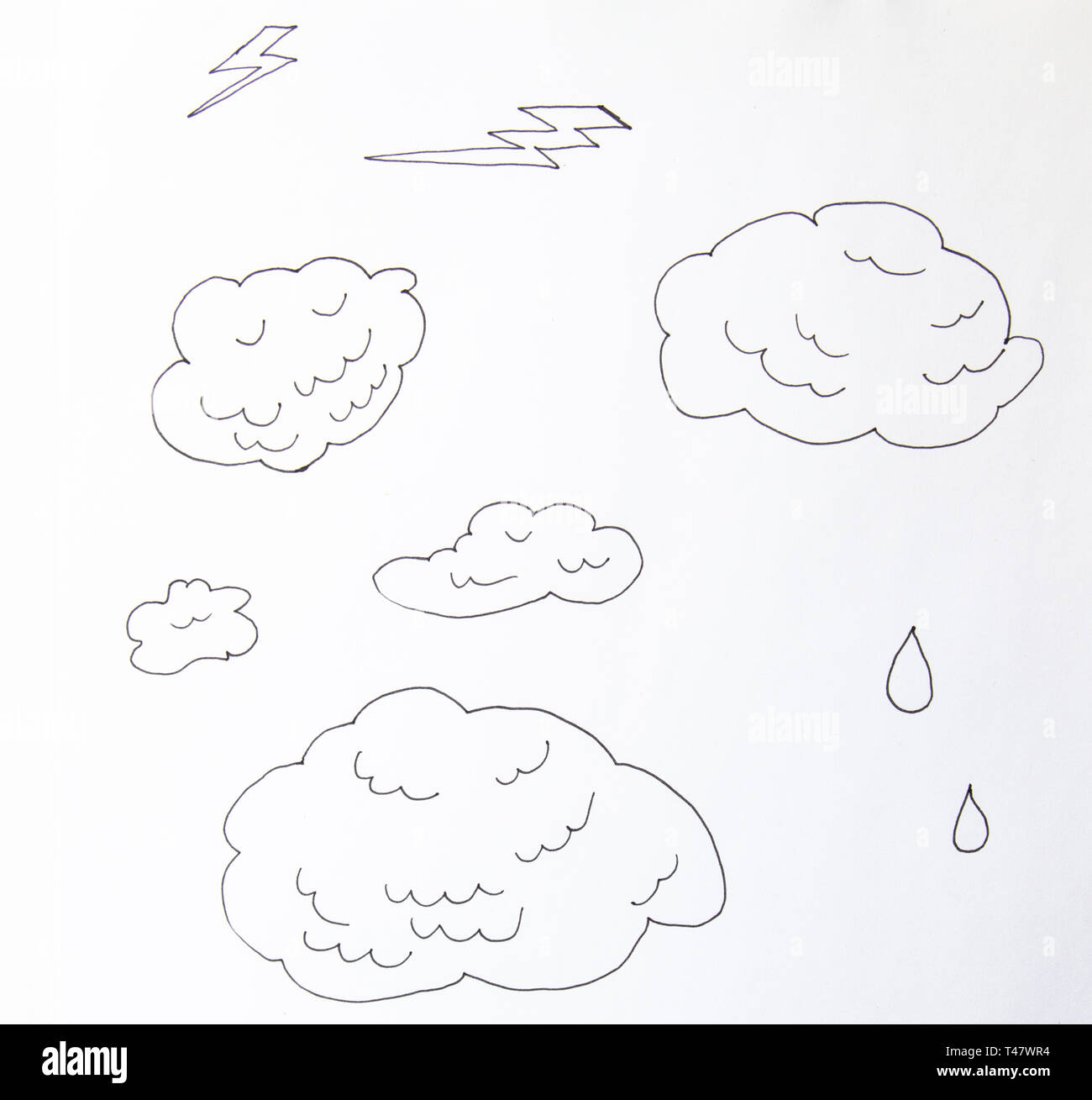 Clouds line art icon. Storage solution element, databases, networking, software image, cloud and meteorology concept. line art illustration isolated o - Stock Image