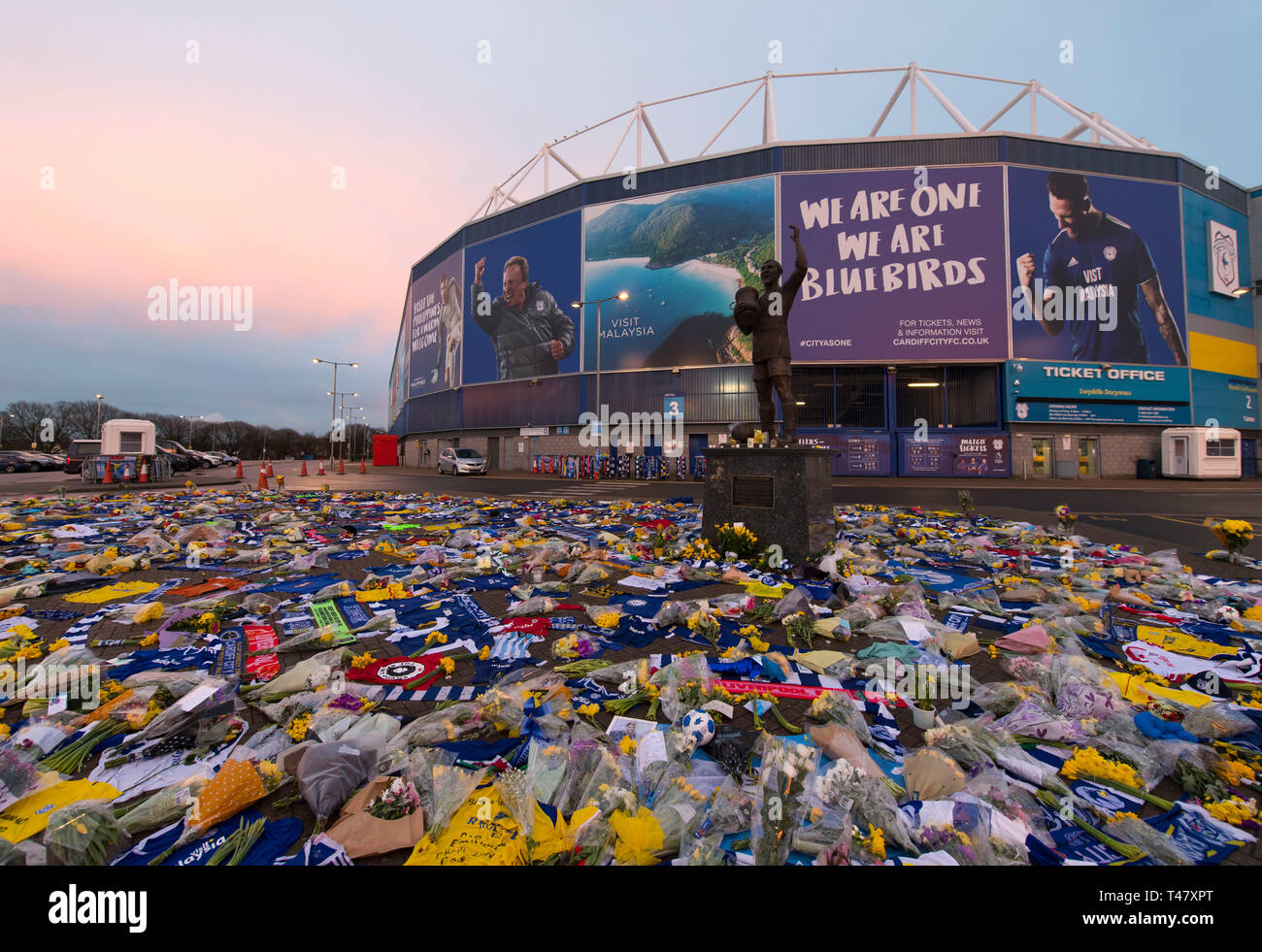Tributes to Cardiff City new signing Emiliano Sala at the Cardiff City stadium in Cardiff, Wales, UK. Emiliano Sala was one of two people who died aft Stock Photo