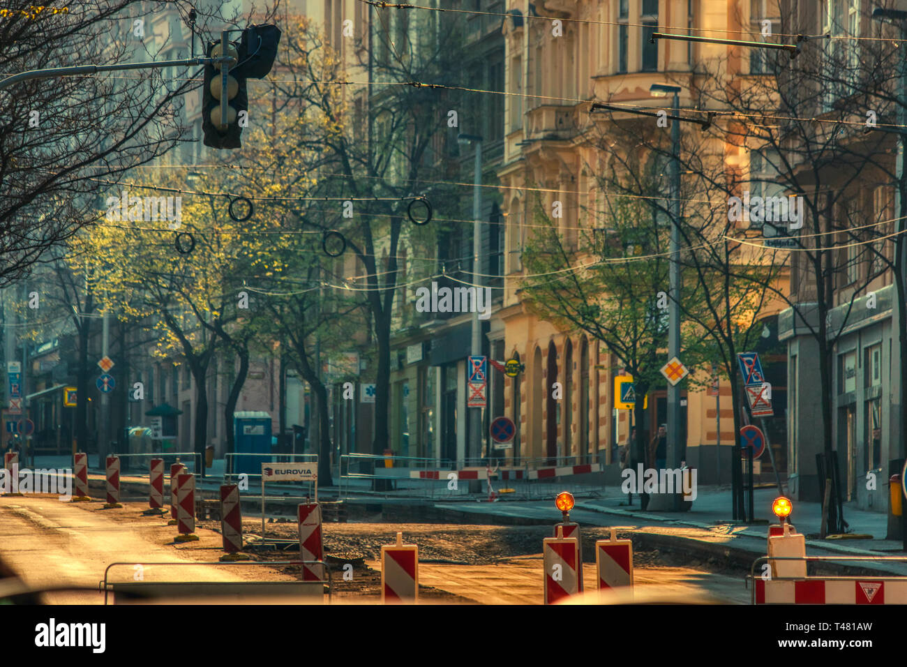 sunsstreet under reconstruction early in the morning sunshine - Stock Image