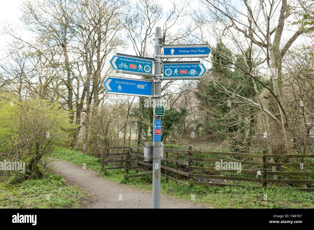 Strathkelvin Railway Path signpost between Campsie Glen and Strathblane - cycle route 755, John Muir Way, Thomas Muir Trail, Scotland, UK Stock Photo