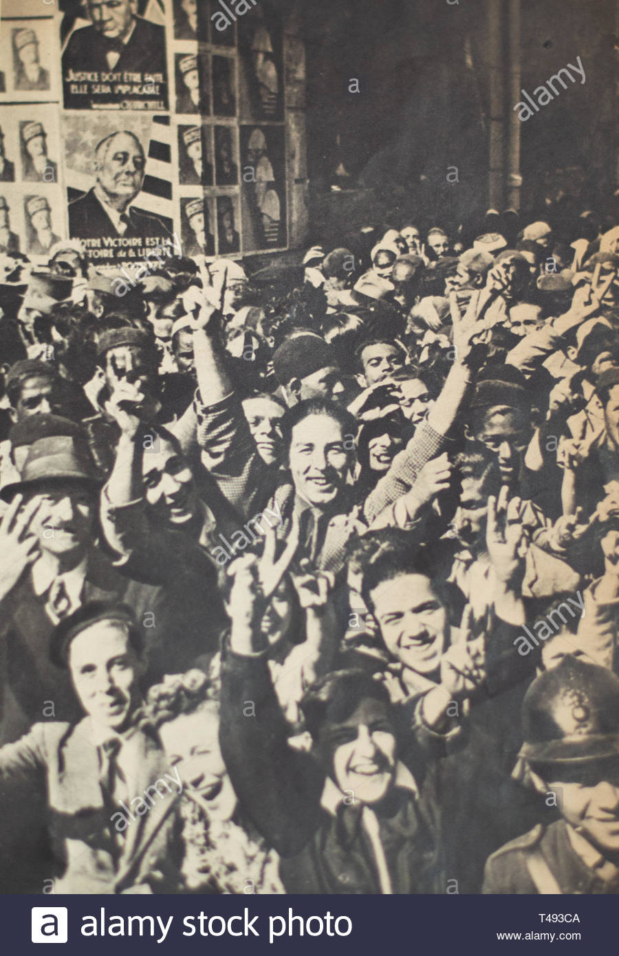 Tunisian people cheer as war is over after two and a half years. Tunisia, WW2, 1943. - Stock Image