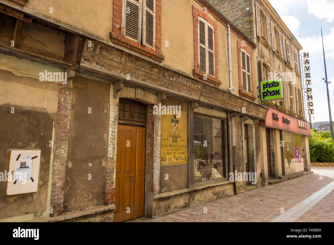 Cherbourg-Octeville, France - August 21, 2018: Old photo studio and photo shop on a street in Cherbourg city. Normandy, France - Stock Image