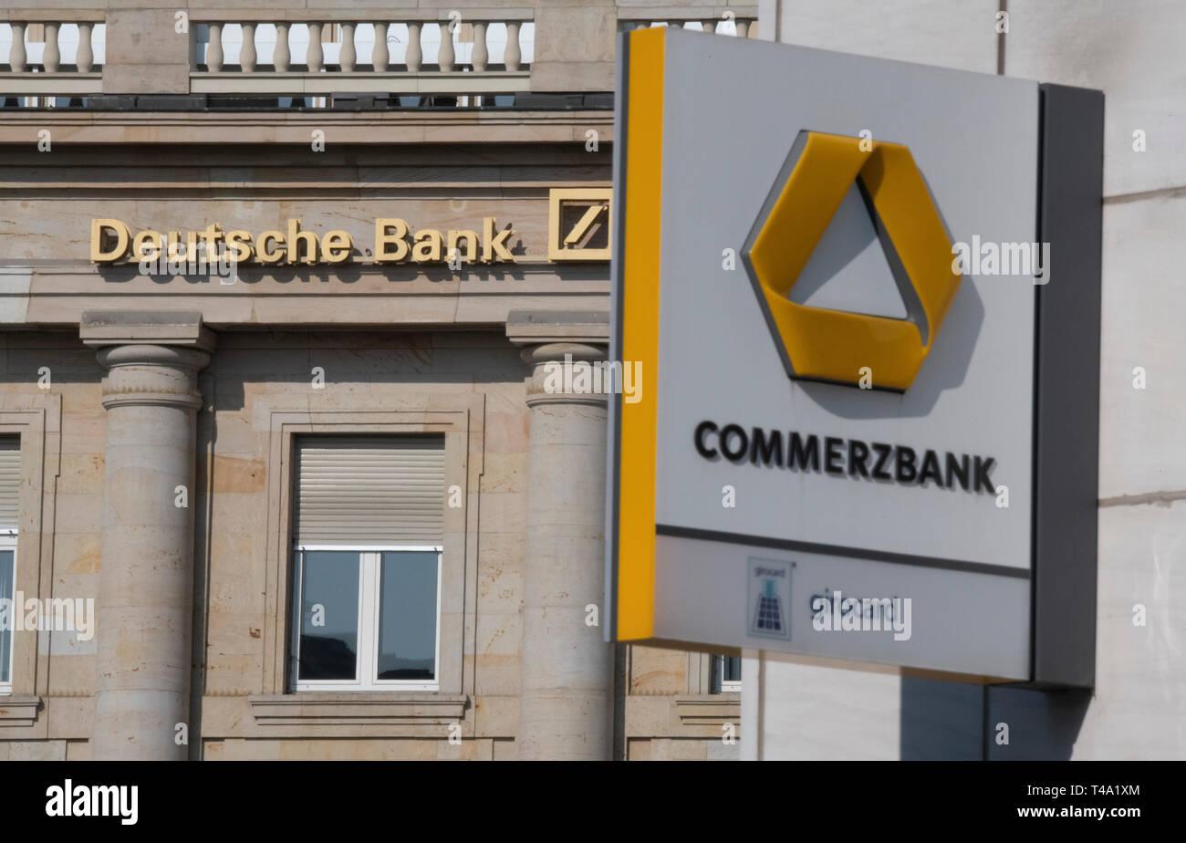 Apart Design Bank.15 April 2019 Hessen Frankfurt Main A Branch Of Deutsche Bank And