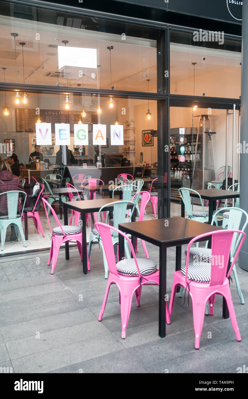 London February 15 2019 Outdoor Cafe With Pink Tables In Backlight Stock Photo Alamy