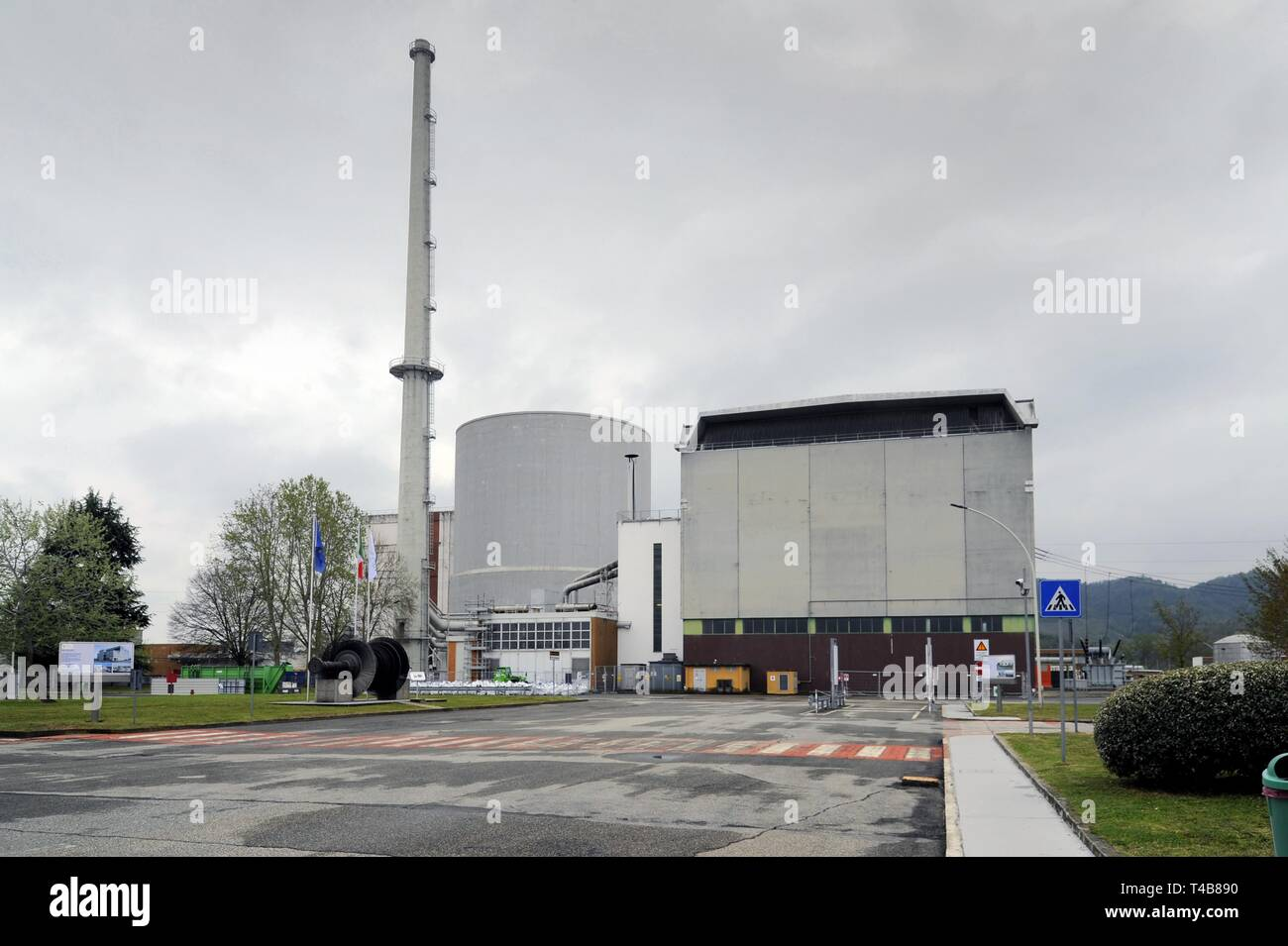 Trino Vercellese nuclear power station, in the process of deactivation by the company Sogin, responsible for decommissioning of Italian nuclear plants after the popular referendums of 1987 and 2011 - Stock Image
