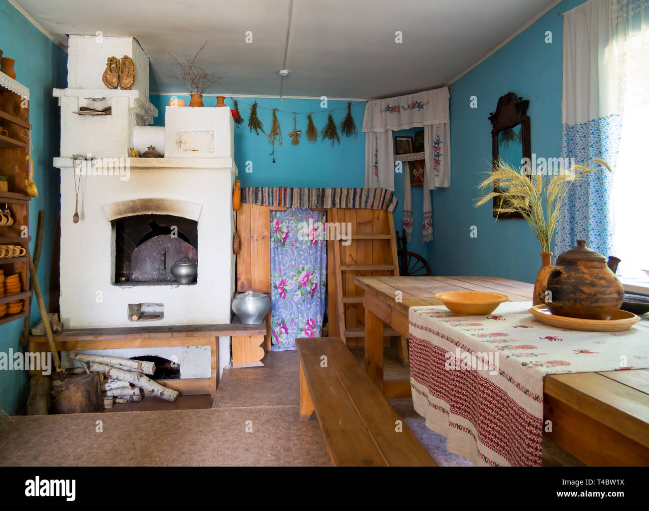 Zadonsk, Russia - August 28, 2018: Interior of Russian izba, reconstruction of Zadonsk Local History Museum,  Zadonsk - Stock Image