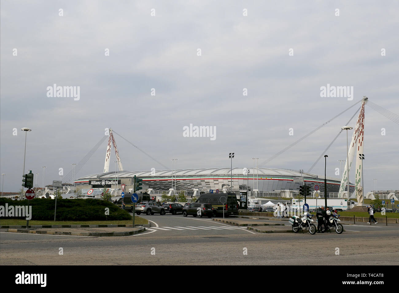 Juventus Stadium Exterior High Resolution Stock Photography And Images Alamy