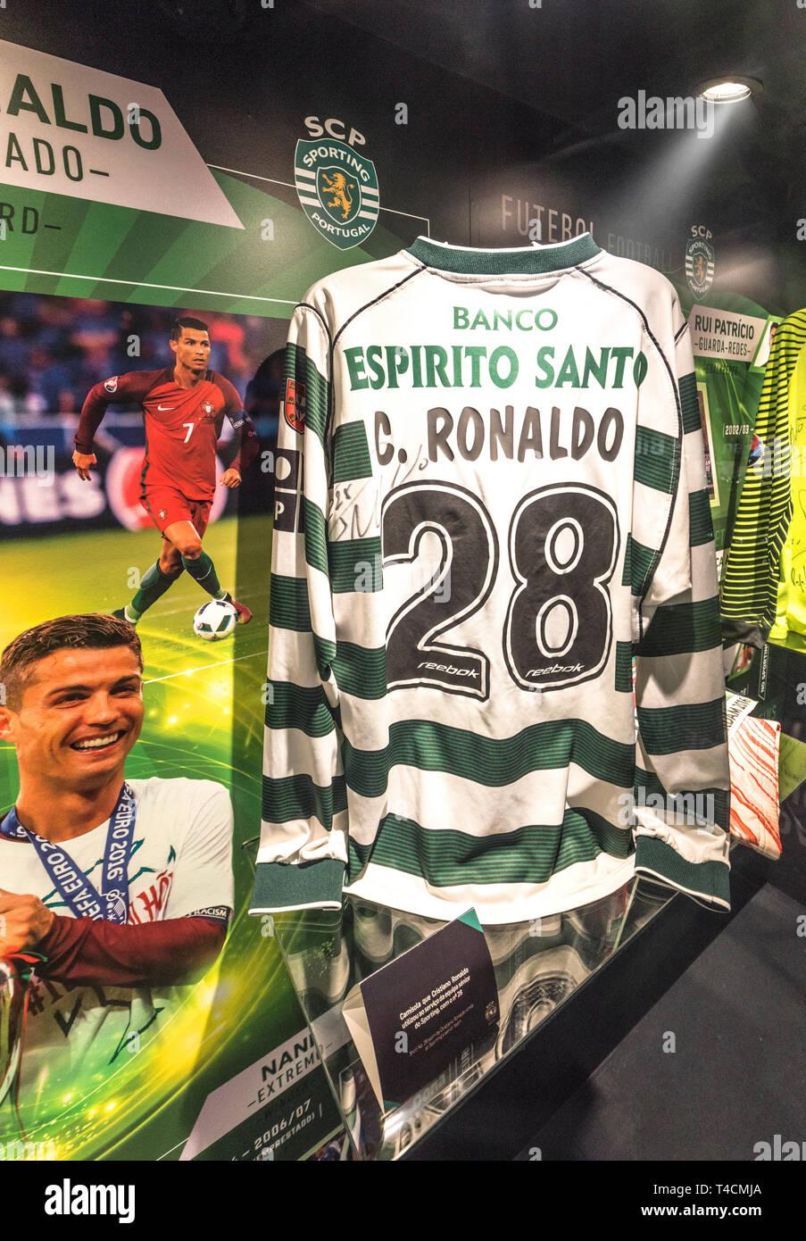 super popular 543c5 ef48c Ronaldo Sporting Lisbon Stock Photos & Ronaldo Sporting ...