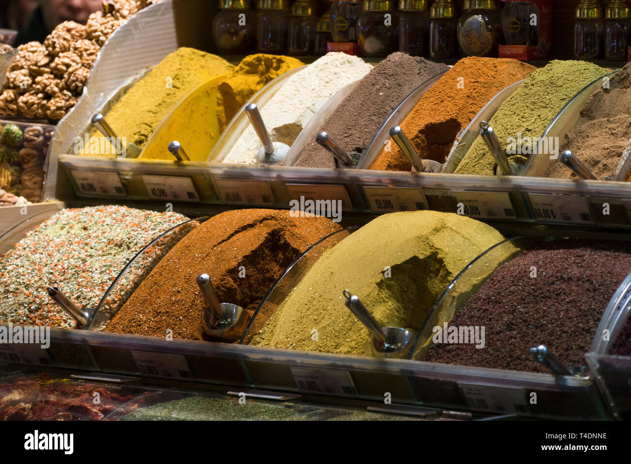 Istanbul, Turkey - December 20, 2017:  Spices inside the egyptian bazaar Istanbul - Stock Image