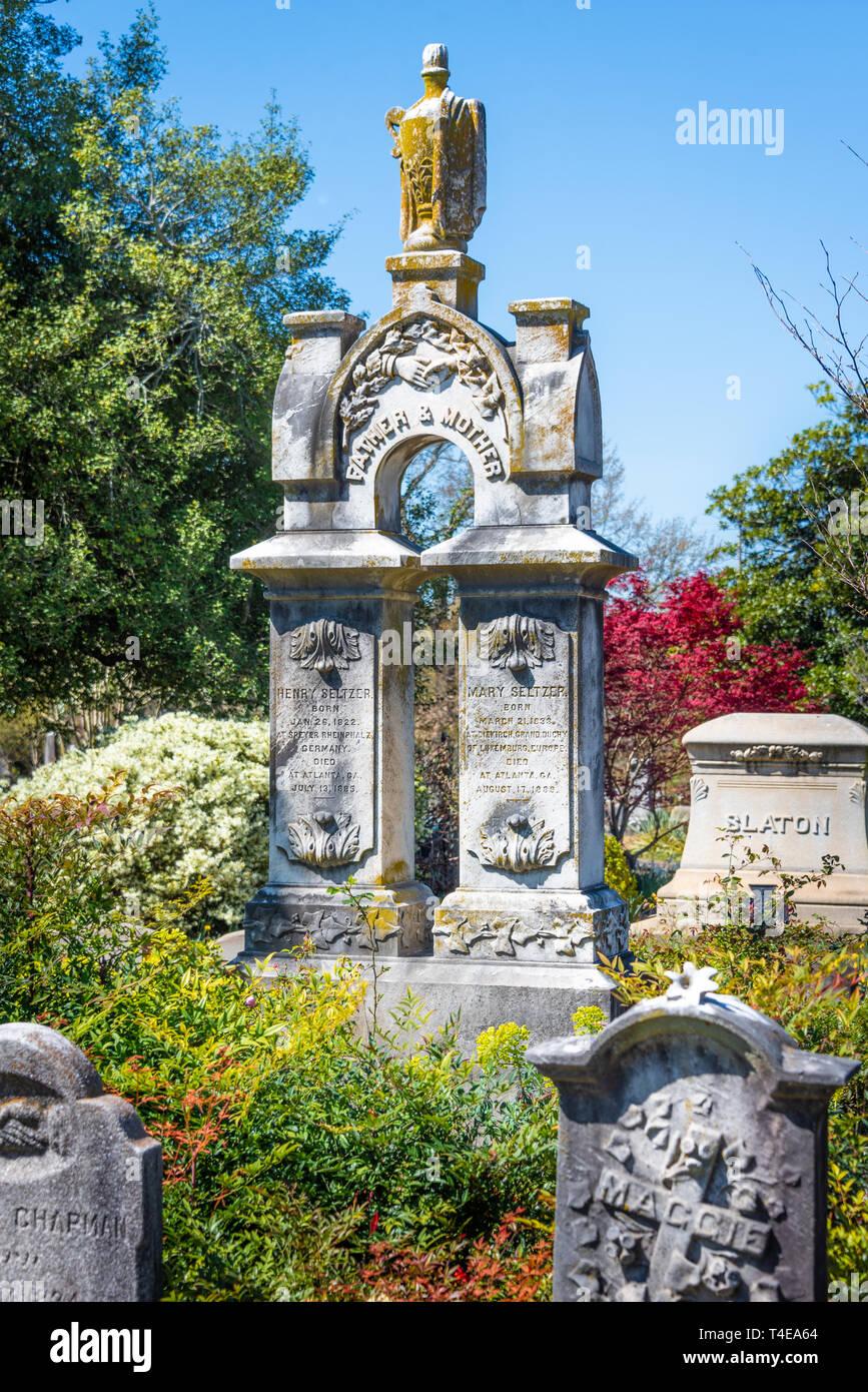 Memorial grave markers at Historic Oakland Cemetery in Atlanta, Georgia. (USA) Stock Photo