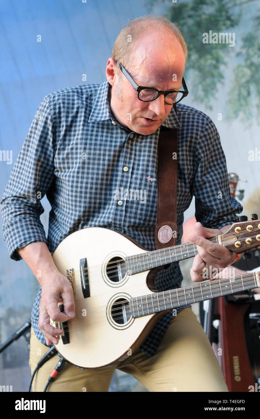 Adrian (Ade) Edmondson performing with The Bad Shepherds at the Larmer Tree Festival, UK. July 19, 2014 - Stock Image