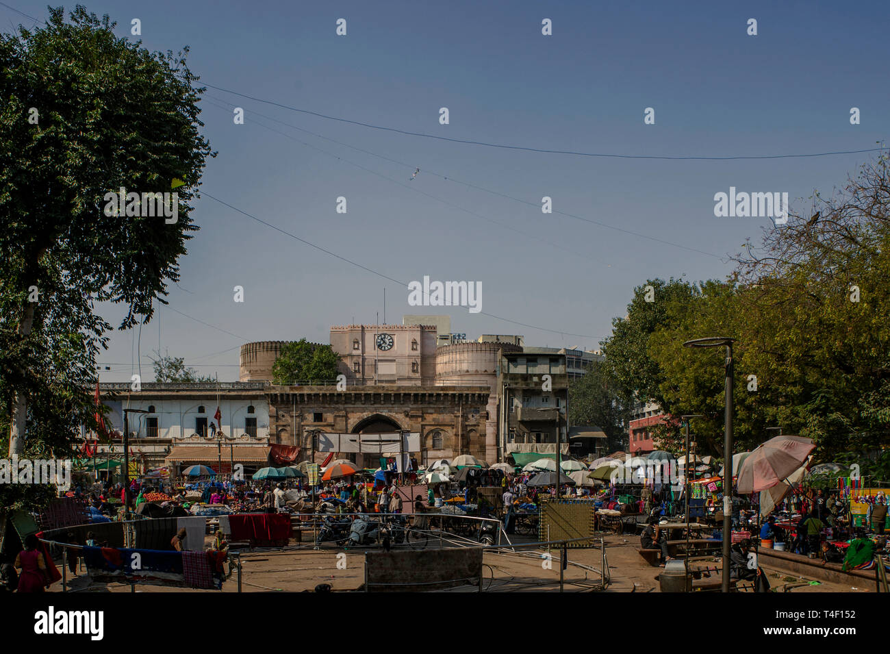 04-nov-2017-small daily market outside of Bhadra Fort-Part of Old Ahmedabad now UNESCO world Heritage site- AMDAVAD Gujarat INDIA asia - Stock Image