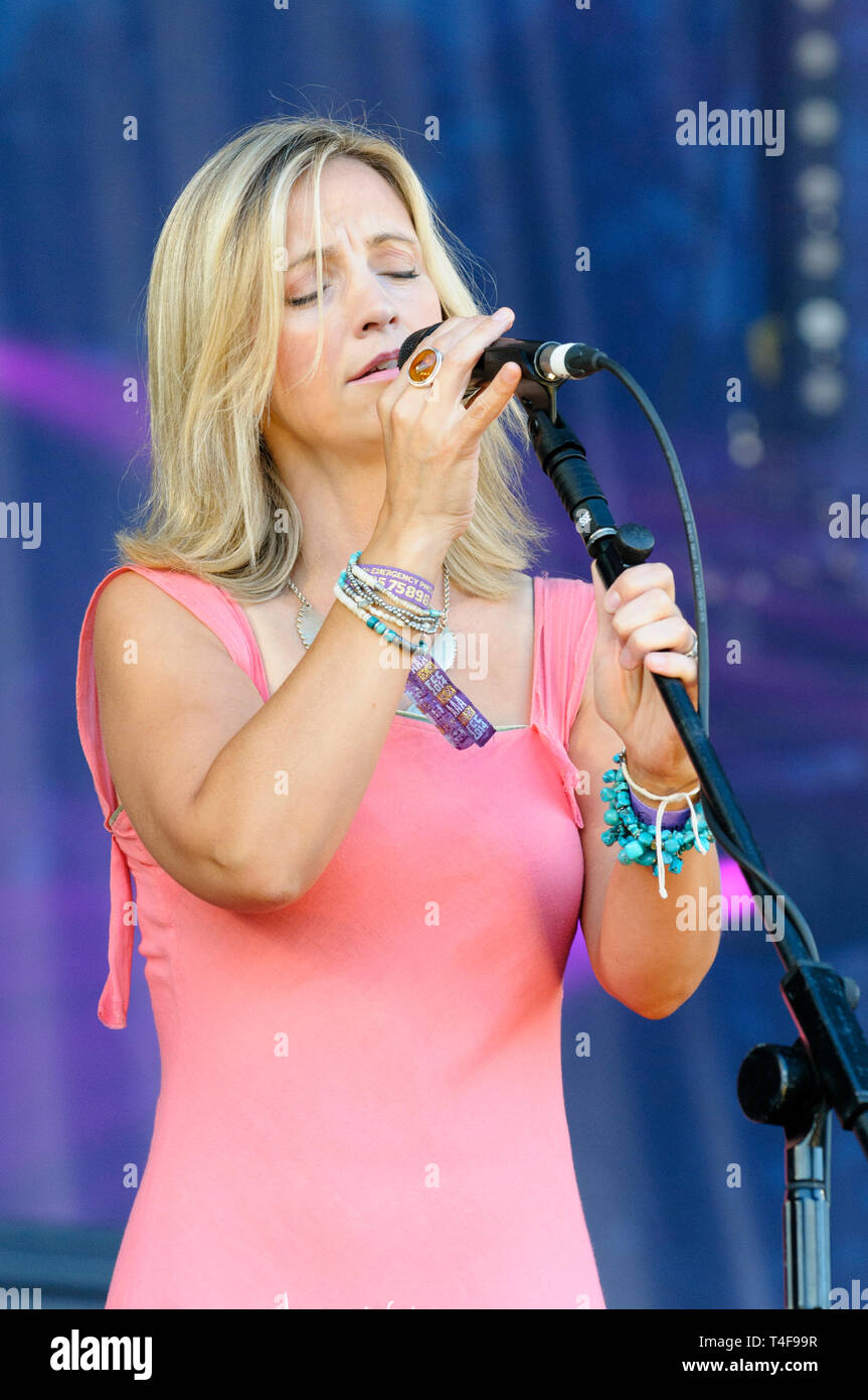Cara Dillon performing at the Cropredy Festival, UK. August 9, 2014. - Stock Image