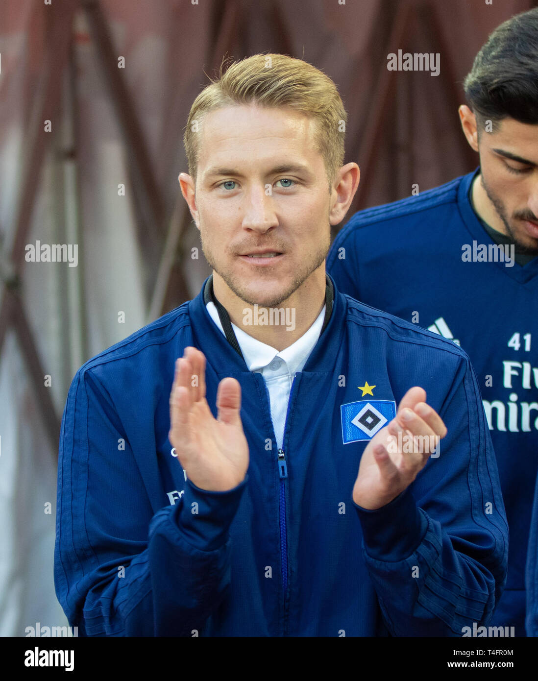 Cologne, Germany April 15 2019, football 2nd league, 1. FC Koeln vs. Hamburger SV: Lewis Holtby (HSV) claps his hands. - Stock Image