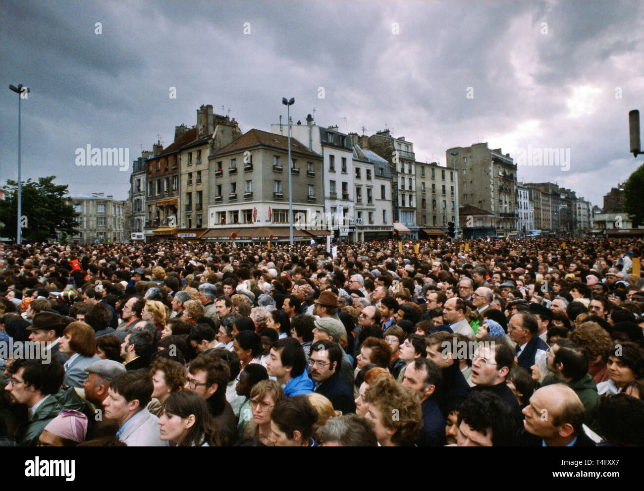 Huge crowd gathers for visit in 1980 by Pope John Paul II to Paris, France Stock Photo