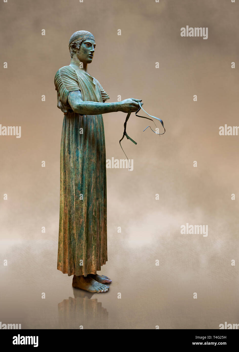 'Charioteer of Delphi' 470 BC. The 'Charioteer of Delphi' is one of the best known ancient Greek statues, and one of the best preserved examples - Stock Image