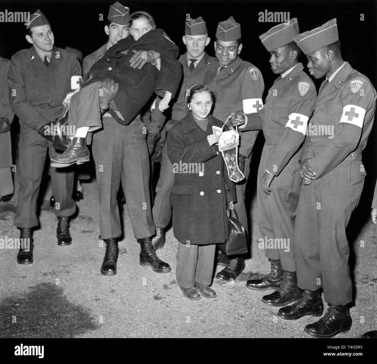 20515d6b1 Refugees in a camp of the US Army on 10 December 1956 in Munich ...