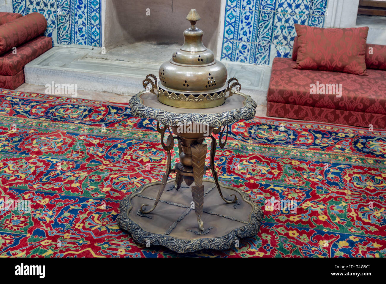 Old antique stove, Turkish Ottoman style - Stock Image