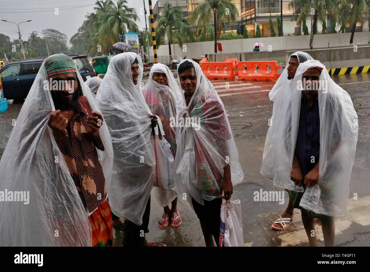 Dhaka Bus Stock Photos & Dhaka Bus Stock Images - Alamy
