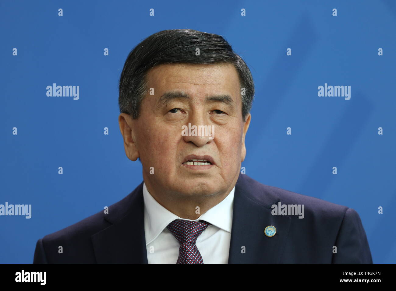 16.04.2019, Berlin, Germany, the Kyrgyz President, Sooronbaj Dshejenbekow in statements to the press in the Chancellery. - Stock Image