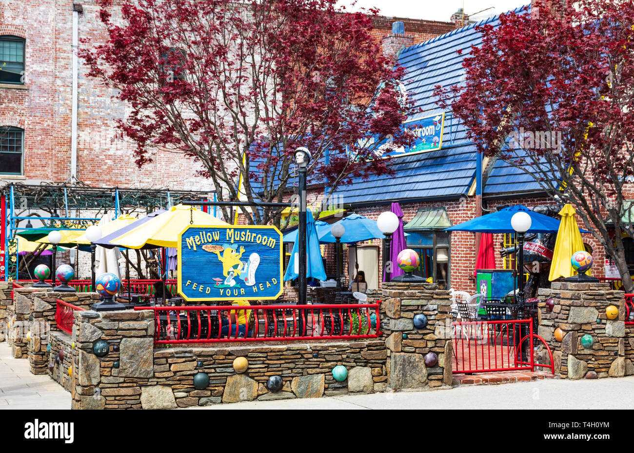 ASHEVILLE, NC, USA-4/11/19:  The Mellow Mushroom restaurant, on Broadway Avenue, in downtown. Stock Photo