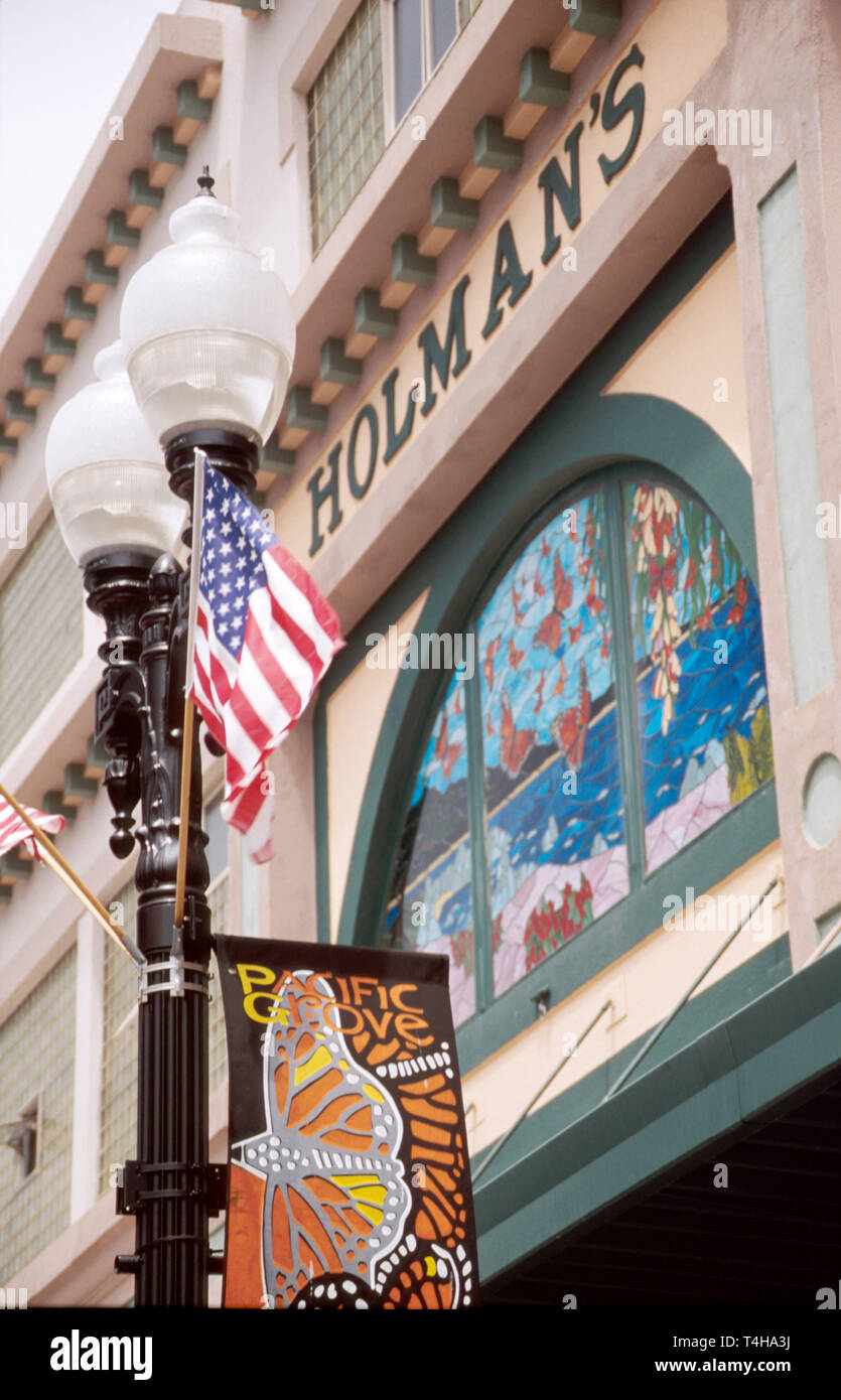 California Monterey County Pacific Grove Lighthouse Avenue Holmon's Department Store banner Stock Photo