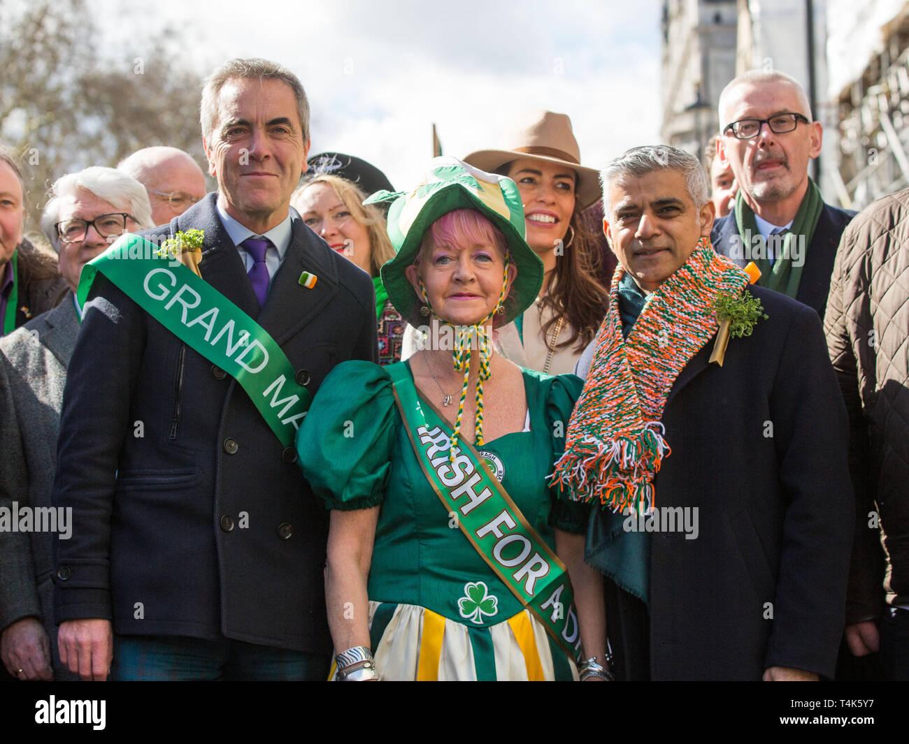 London's world-renowned St Patrick's Day parade, led by this year's Grand Marshal, actor James Nesbitt.  Featuring: James Nesbitt, Sadiq Khan Where: London, United Kingdom When: 17 Mar 2019 Credit: Wheatley/WENN - Stock Image