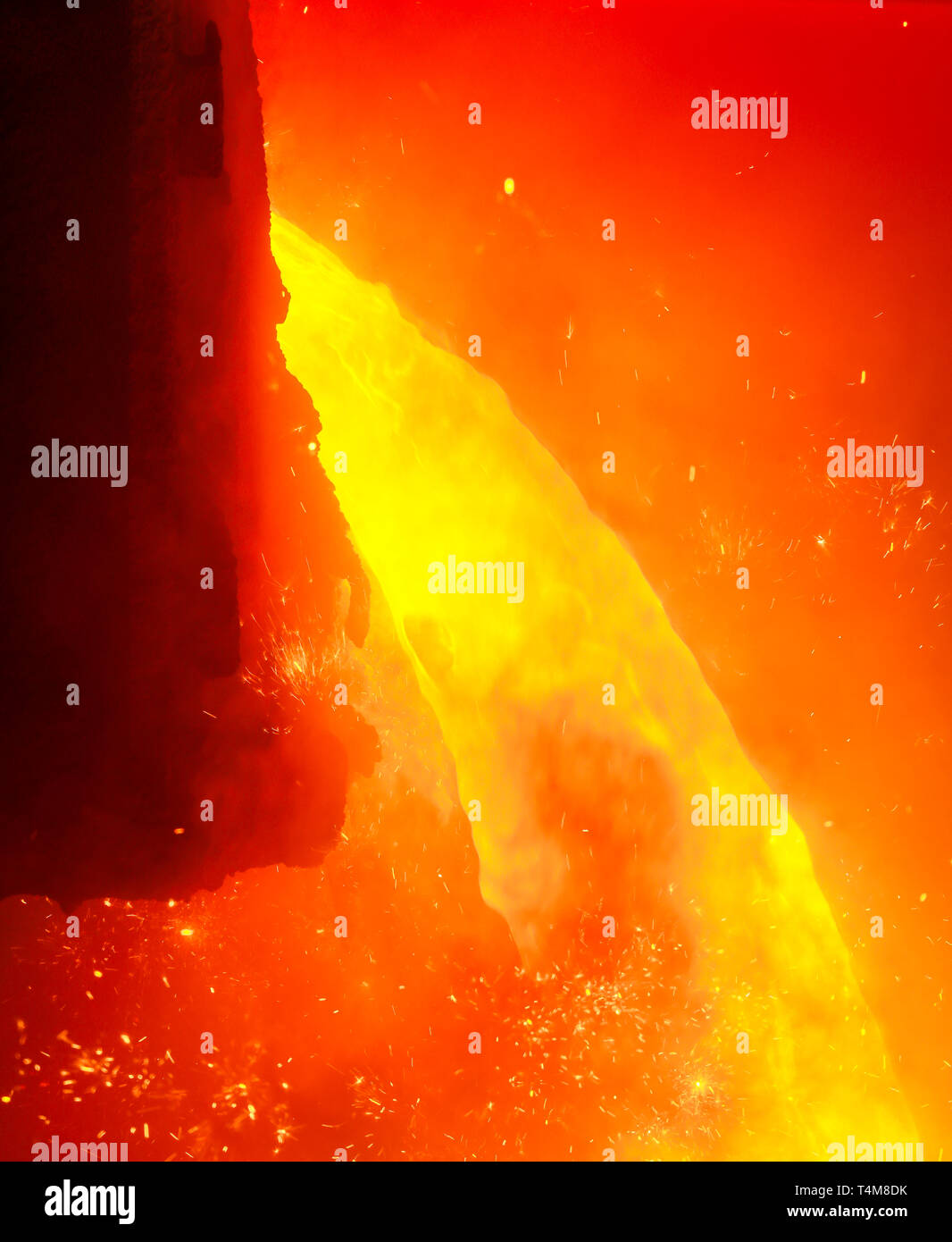 Duisburg, Ruhr area, North Rhine-Westphalia, Germany - ThyssenKrupp Steel, 1500 degree hot pig iron during tapping at blast furnace 8, up to 19 percen - Stock Image