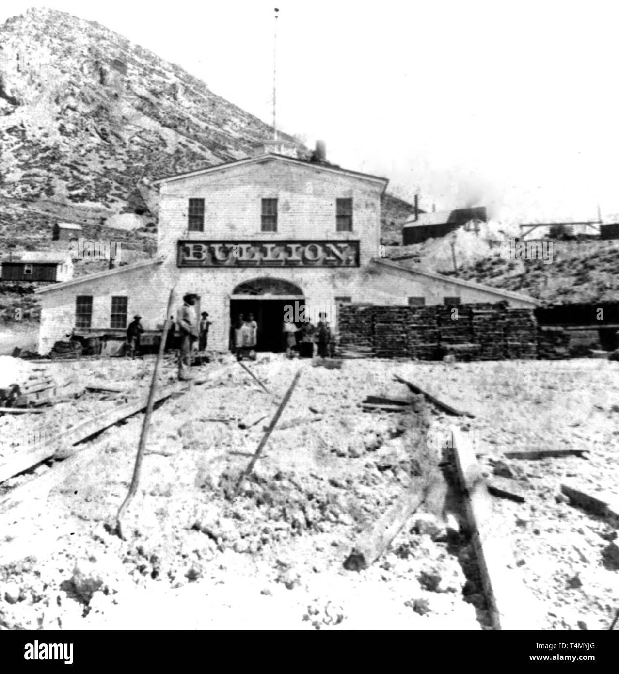 Nevada History - Bullion mine, Gold Hill, Nevada  ca. 1866 - Stock Image