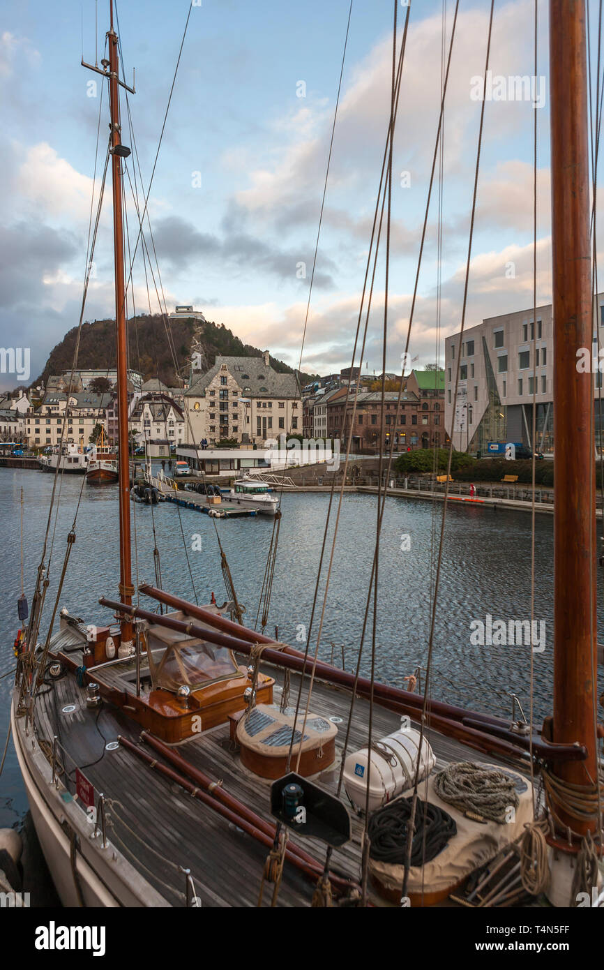 """Wyvern av Aalesund"" on her moorings, Ålesund, Møre og Romsdal, Norway Stock Photo"